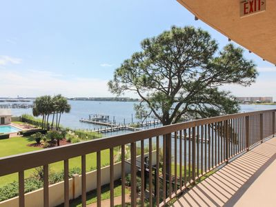 Photo for Serene seaside condo w/ shared pools, water & beach access