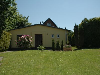 Photo for 60m² cottage on the outskirts of Hamburg, in a quiet, up to 4 persons