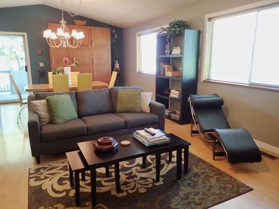 Photo for WINE COUNTRY GUEST HOUSE - Walk to Winery & Berry Farm - Spacious - Vancouver