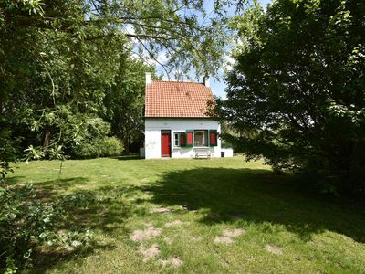 Photo for Quintessential, detached Ouddorp home with enormous garden, near the beach