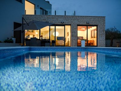 Photo for Wonderful modern and luxuriously furnished villa with private pool and garden