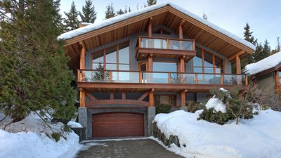 Photo for Peak View Chalet  Luxury 4 Bedroom, Fireplace, Scenic Views, Private Hot Tub