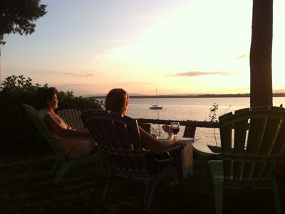 A Perfect Lake Front Vacation Spot In Beautiful Grand Isle, Vermont