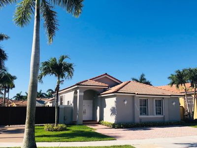 Photo for Newly remodeled modern house - Near Dolphin Mall/FIU/Airport/Top Golf