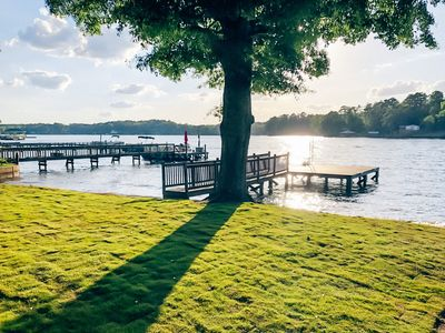 Beautiful lake views, gorgeous sunsets, private dock & boat ramp!