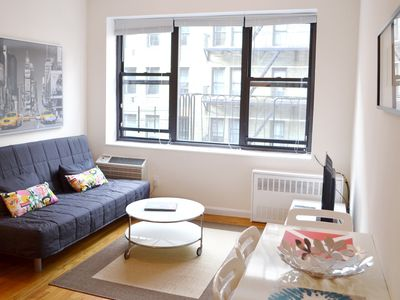 Photo for Bright, Elevator, Great 1 bedroom Apartment