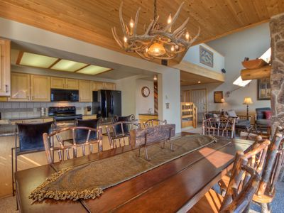 Photo for Big Sky Condo With Convenience. In The Heart Of The Resort, Walk To Everything!