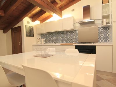 Photo for 1BR Apartment Vacation Rental in Salò, Lombardia