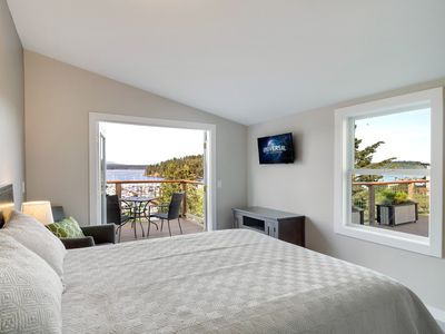 Photo for NEWLY LISTED! WATERVIEW IN TOWN! Cannery Inn - Chelan