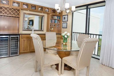 DIning Area with Gulf Front Views