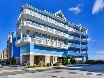 Fabulous Spacious Side Unit in Ocean Front Building. Perfect location for your Vacation Sleeps 10