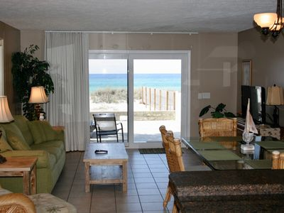 Photo for Townhouse on the Beach, Pet Friendly (small dog<20#), Wi-Fi, Great Location