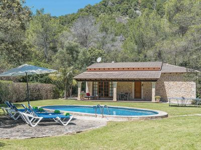 Photo for Attractive Villa next to Pollensa w/pool, a/c/, covered terrace and BBQ