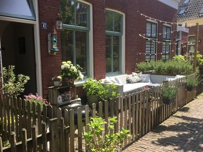 Holiday home in characteristic former fisherman's home in Scheveningen