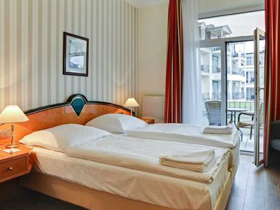 Photo for Double Room with Balcony - SEETELHOTEL Pommerscher Hof