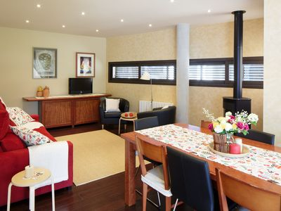 Photo for Modern and comfortable house, pool and garden (full rental)