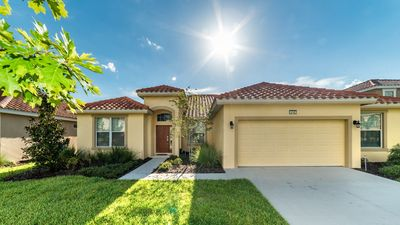 Photo for Welcome to Solterra Resort and this luxurious 5 bedroom, 4 bathroom, 2,798 sq. ft. rental home located near the theme parks in Orlando, Florida.