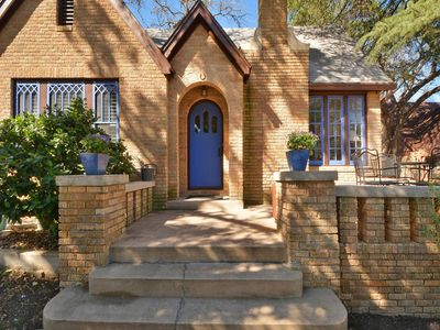 Purple Sage House: an elegant 1920s brick home in the heart of Central Austin