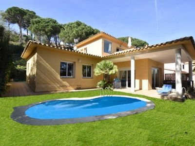 Photo for 4 bedroom Villa, sleeps 8 in Begur with Pool and WiFi