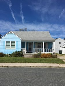 DOWNTOWN OCEAN CITY HOUSE 4th Street Minutes to Ocean and Boards Pet Friendly