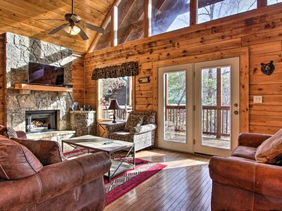Photo for NEW! Cabin w/ Hot Tub, Near Heart of Pigeon Forge!
