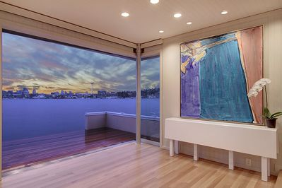 Experience Your Sleepless In Seattle Houseboat Dream Seattle
