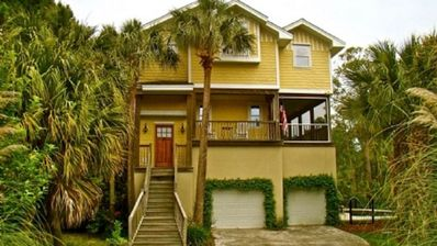Photo for Bottoms Up! 784 Steps to Beach, 5 Min Walk to Downtown Folly, Lagoon-like Pool