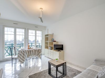Photo for Apartment Résidence des Tennis in Dinard - 4 persons, 1 bedrooms