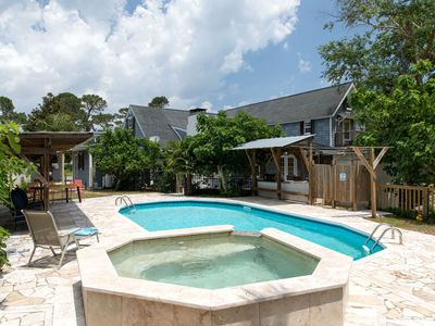 Photo for WOW! Pool+Pizza Oven near Beaches, Downtown & UNCW