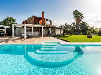 Photo for Villa for 9 People with Pool and Panoramic View