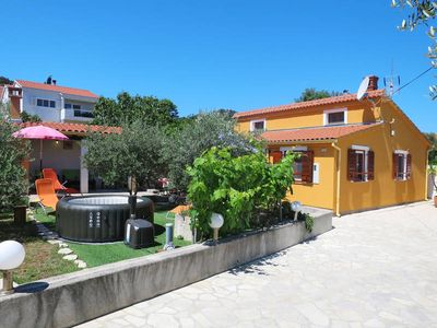 Photo for Vacation home Marija  in Preko - Insel Ugljan, Dalmatia - 6 persons, 2 bedrooms
