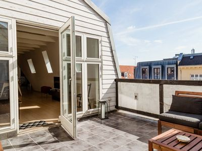 Photo for High-end penthouse with private roof top terrace