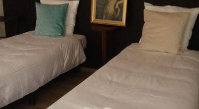 Photo for Cozy vintage rooms for 2, 3, 4 or 5 in center,