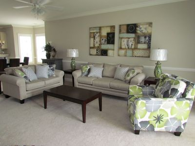 Photo for PREMIERE PROPERTY! GREAT LOCATION! Beautiful decor w/ pool view!