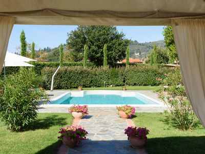 Photo for Luxury villa situated in the Tuscan town of Castiglion Fiorentino. A spacious villa offering a large