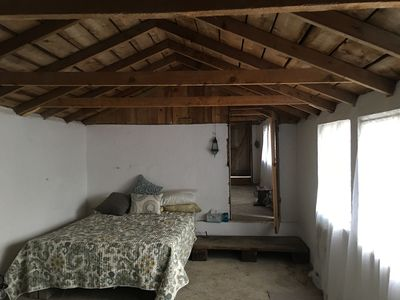 Bed room has two queen beds & 1-2 extra twin roll away beds avail for extra fee