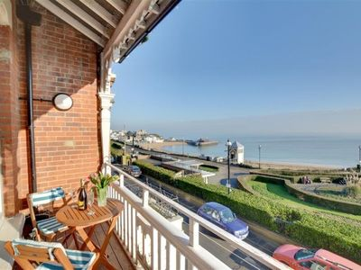 Photo for Broadstairs Apartment, Sleeps 4 with WiFi
