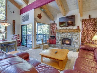 Photo for Forest view condo w/ deck, shared hot tub/seasonal pool - steps to the Village!