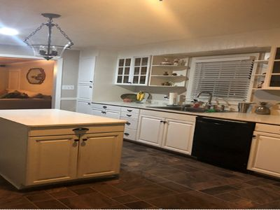 Photo for Stunning House, 4 bed, 3 bath with pool