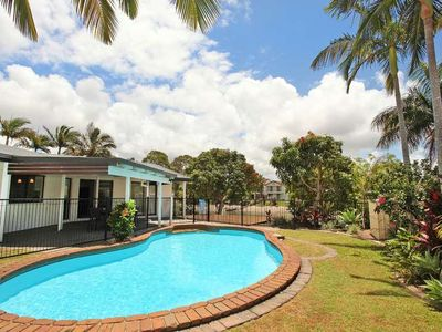 Photo for 4 bedroom home on canal, walking distance to the beach