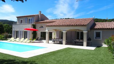 Photo for New villa, with pool quality services, close to shops
