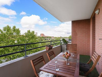 Photo for Lovely 2br w/ AC and terrace overlooking the Garonne in Toulouse - Welkeys