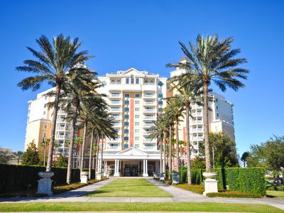 Photo for Grande Living - 2 Bed Luxury Condo Sleeps Six within the Luxurious Reunion Grand