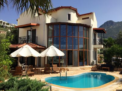 Photo for Immaculate Private Villa with stunning views.