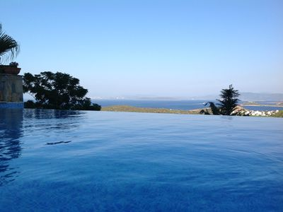 Villa private Infinity pool and view of Mediterranean Sea