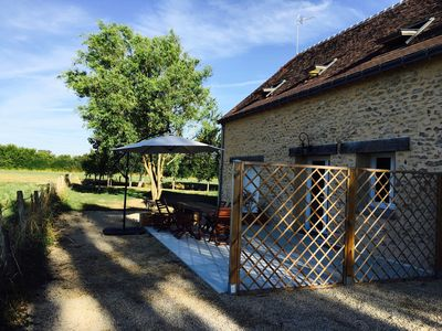 Photo for Charming and authentic cottage (8 pers.), Close to Tours. Pool and nature