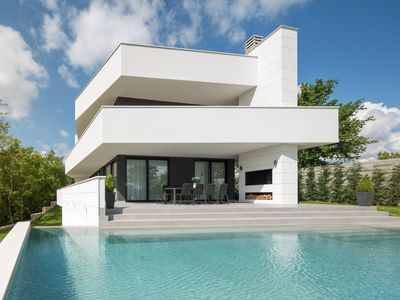 Photo for Modern Villa 55 with Pool and Spa