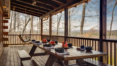 Photo for Private Paradise-Party Porch-Panoramic MTN Views-6 TV's-WIFI-10 Ft Dining Table