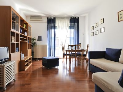 Photo for Bright and sunny flat with WiFi in Navigli!