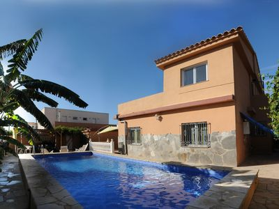Photo for Wonderful private villa with private pool, TV, washing machine and parking
